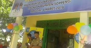 Pencanangan pekan Imunisasi Nasional (PIN) Polio di Posyandu MappadaElo, Selasa (08/03/2016)