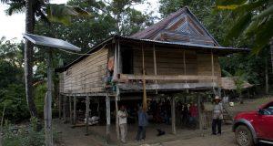 Listrik Solar Cell Menerangi Dusun Lowae, Salah Satu Dusun Terpencil Di Kecamatan Gilireng