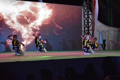 Pentas Seni Budaya Tionghoa yang digelar di Rumah Jabatan Walikota, Selasa malam (29/11). (Ft. SP, penarakyat.com)