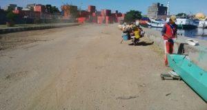 Jalan rusak berdebu, di Lontange, Kelurahan Lakessi, kecamatan Soreang, Parepare, Akibat aktifitas kendaraan kontainer milik PT Pelindo. (Ft. Sp, penarakyat.com)