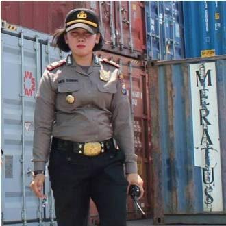 Ajun Komisaris Polisi (AKP) Anita Taherong, ST, SH