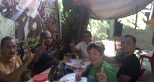Manajemen Mym1 One Indonesia saat hadir di Kabupaten Pinrang.