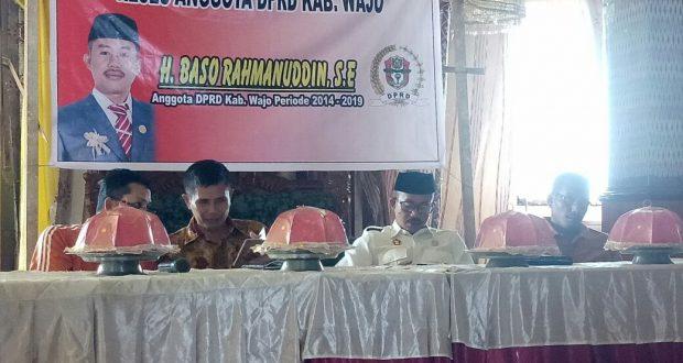 Anggota DPRD Wajo H. Baso Ramaduddin SE ditengah kegiatan reses di Atapange