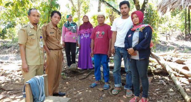 Pemilihan Kecamatan (PPK) Kecamatan Pitu Riase melakukan pendataan terhadap warga Pitu Riase.